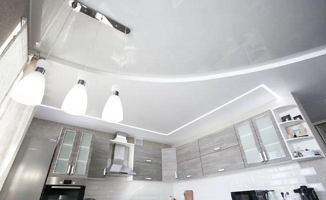 Заказать установку натяжных потолков на кухне в Самаре